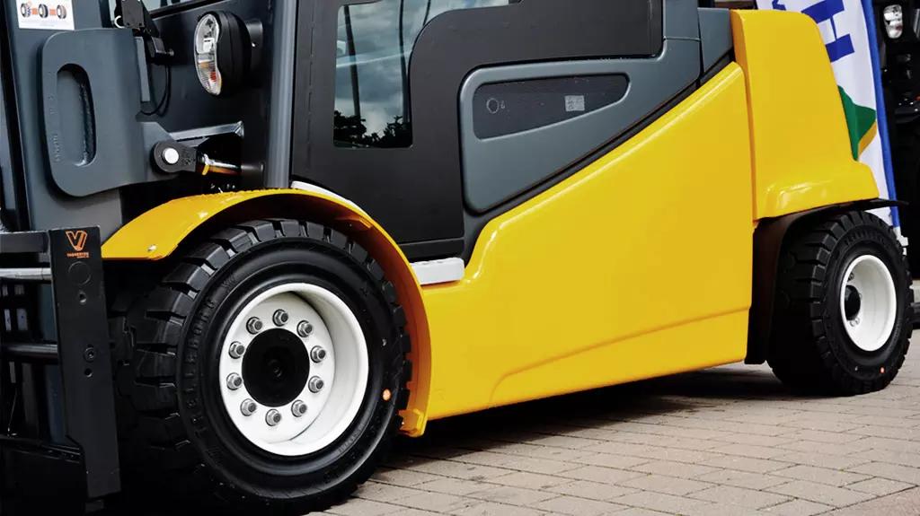 Trelleborg Heavy Duty Tires and Wheels_...
