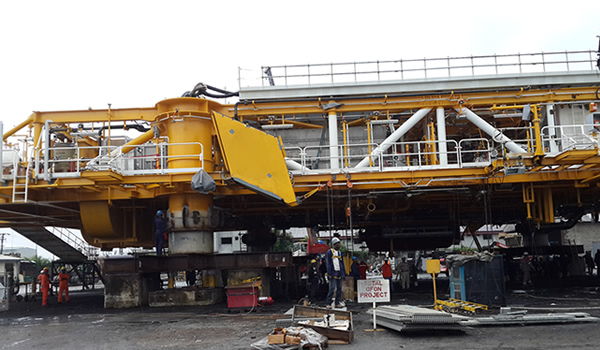 Weighing Of OFON Phase II Spider Deck, Helideck And Jacket